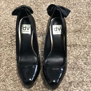 Dolce Vita Black pumps with bow
